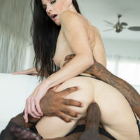 india summer milf hunter